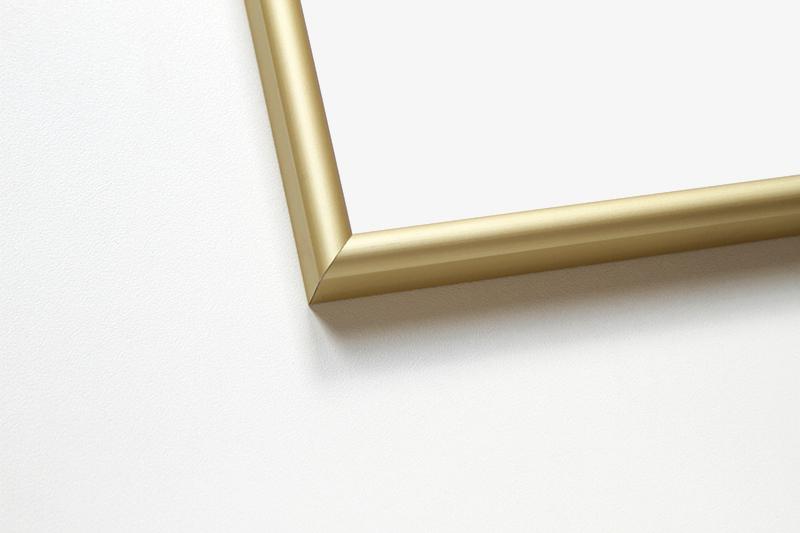 Рамка алюминиевая аналог Nielsen профиль №2